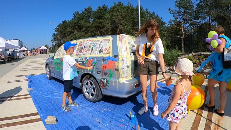 Kolorowy Samochód 14